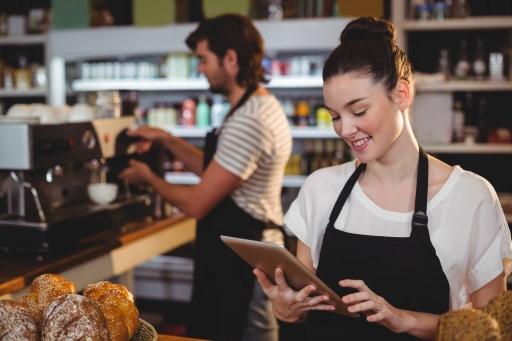 カフェ利用に特化し経営をサポートするおすすめ機能