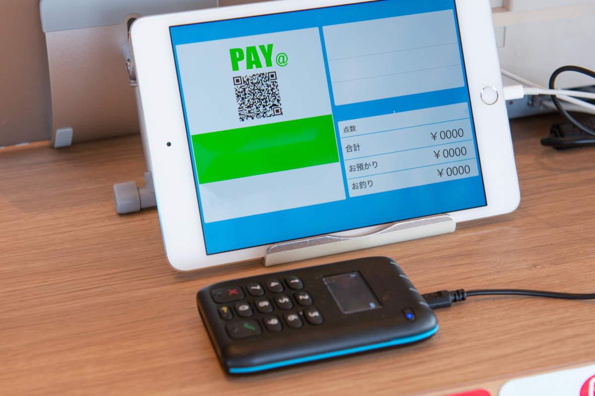 iPadレジとは?導入のメリットとデメリット・選び方のポイントを解説